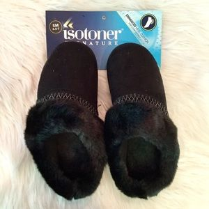 NWT, Isotoners Black Slippers, 6.5-7